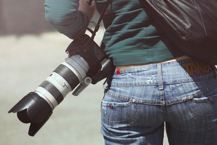 Women with camera: Kenya packing list