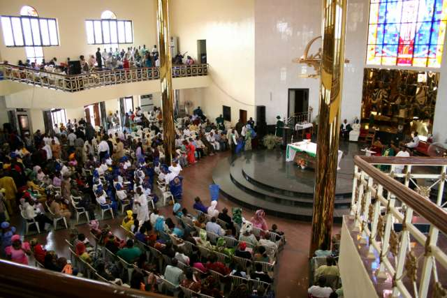 nigeria-church. Easter Traditions in Africa