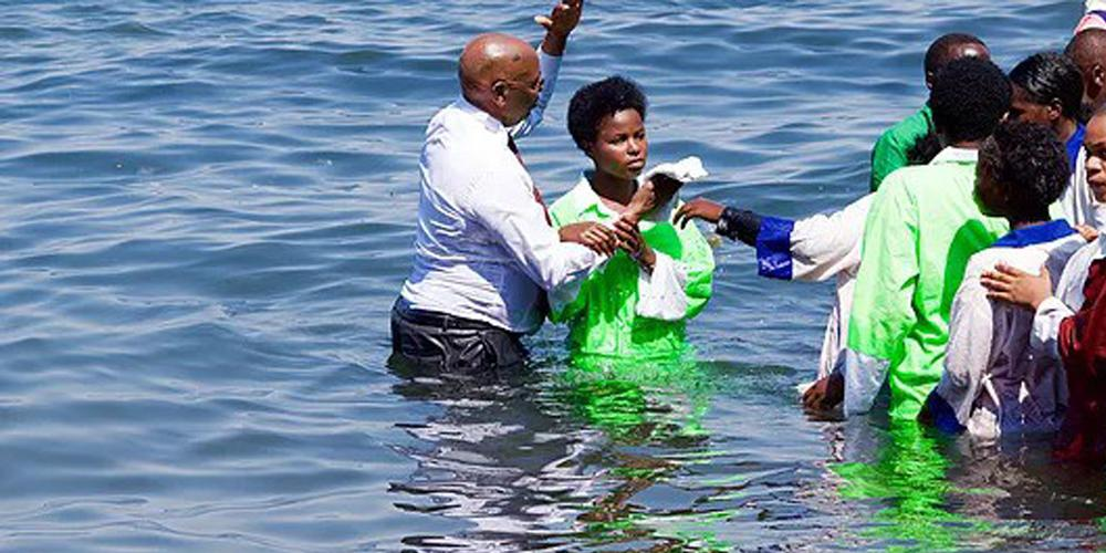 Baptism, a common Africa Easter tradition